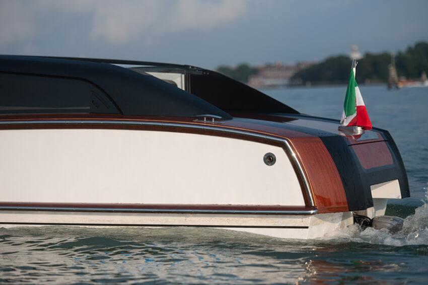 Thunder-Venetian-Taxi---GRG7195-2