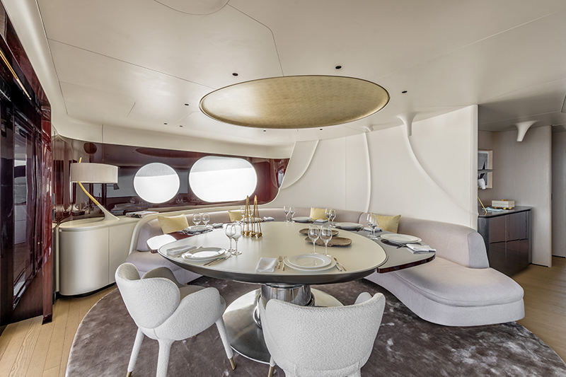 Trideck-Upperdeck-Lounge-Dining-Version-1